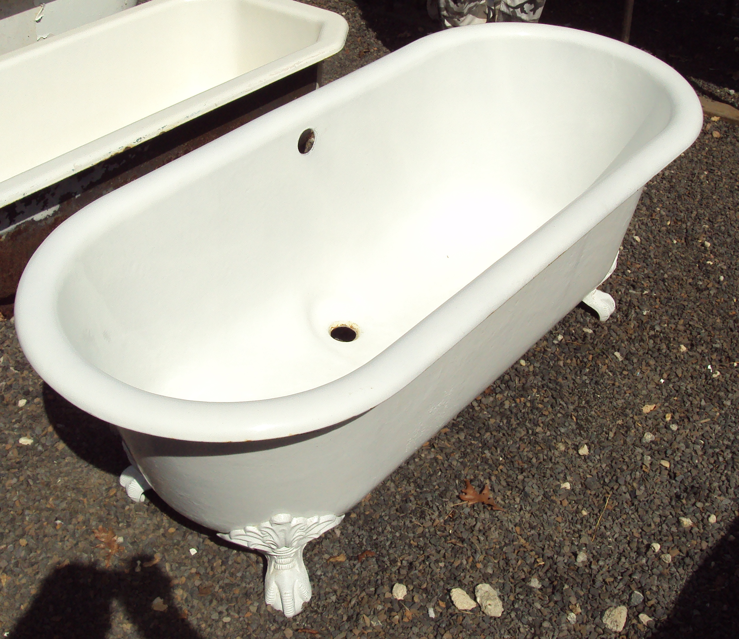 Tubs And Toilets Recycling The Past Architectural Salvage